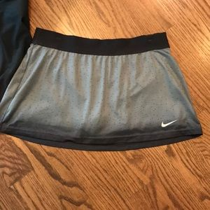 Nike Gray to charcoal gray gradient Sports Skirt